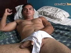 Nude Latino papi jacking off